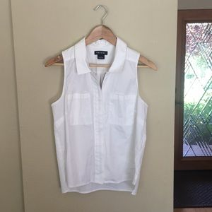 Trouve white top. Free with bundle!